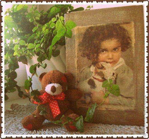 Добрый вечер,страна!!!Вот эту шкатулку я сделала для моей мамы!!!Размер 19х12х8см.Девчушка-это открытка 60г.Я ее выбрала не зря...у мамы в детстве была такая собачка-игрушка!Приятного просмотра... фото 1