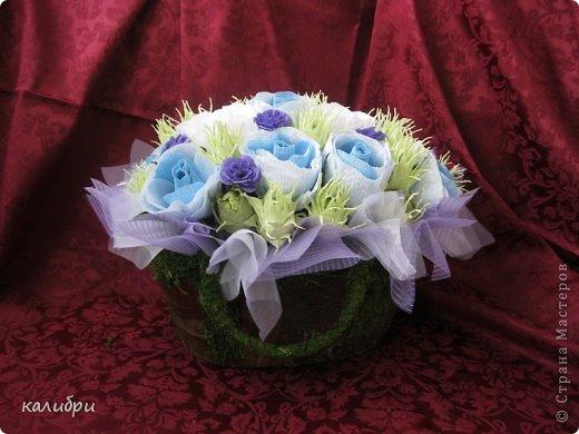 Большое спасибо Светику за МК по сборке букета! Благодаря ей появилась эта корзинка для одной замечательной пары. Невеста очень любит оранжевый цвет, поэтому появились лилии. Конфеты «Солнечный зайчик», «Марсианка», «Живинка», «Крем-брюле» - всего 41 конфета.  фото 5