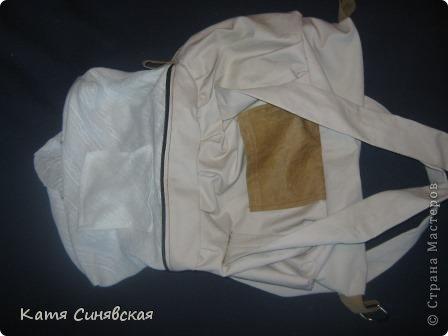 Сшила себе новенькую сумочку на лето.Сумочка сшита из тонкого джинса(роспорола старые брюки,которые стали на меня слишком большие) и кусочков замши. фото 29