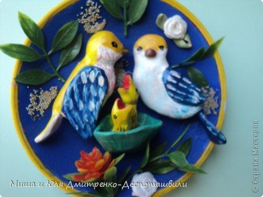 """Рассыпают радостные трели Звонкие пернатые певцы, А в гнезде, как будто в колыбели, Дремлют желторотые птенцы.  (В. Орлов - """"Птенцы"""" фрагмент) фото 3"""