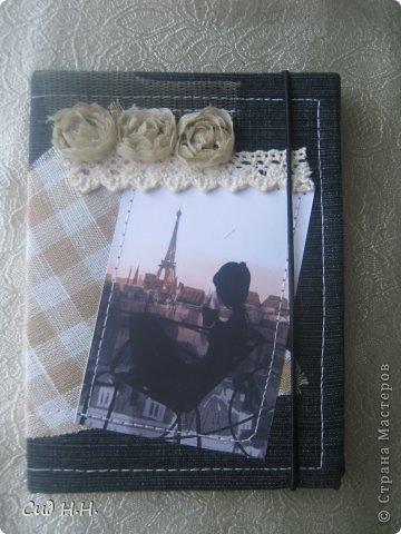 Всем доброго времени суток)) Наконец-то выдалось несколько свободных дней и сделала несколько обложек для паспорта)) Первые две немного винтажные, использована джинса с цветочным принтом и обожаемая мною бумага Графики 45)  Первый вариант: фото 5