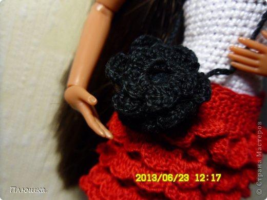 Здравствуйте Страна Мастеров! Хочу показать вам одежду для Леры (так зовут мою куколку).  №1.Купальник! А так же парео, пляжная сумочка и коврик (и если вы заметили, то у неё новый парик!) фото 8