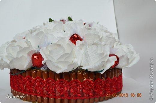 """Привет, девочки. Принимайте мой летний тортик """"Клубничный десерт"""". Тортик испечен по мотивам прекрасных работ Анастасии Резуновой и Татьяны Чечулиной. фото 4"""