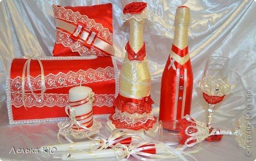 Девочки, давно не заходила!!! Очень мало времени-весь июнь в организациях свадеб!! Заказали красную свадьбу, к ней вот сделала эти аксессуары!! Встречайте!!)) фото 1