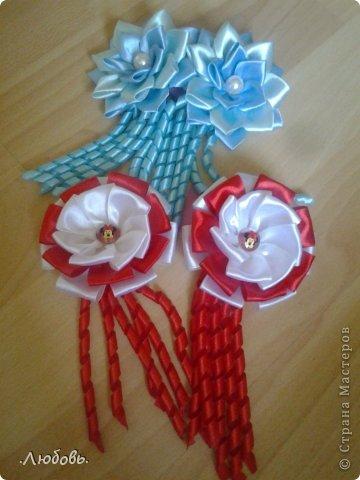 Увлеклась изготовлением цветов из атласных лент. Хочу показать некоторые свои работы. фото 11