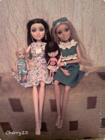 Мои девчонки познакомились, когда Диона приехала в Россию. Бедняжку ограбили и ей некуда было идти. Камилла с радостью предложила ей пожить у нас) теперь Камилла и Диона лучшие подружки) фото 3