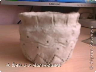 Этот горшочек я лепила, когда мы с классом ездили в музей. Это вид сбоку... фото 1