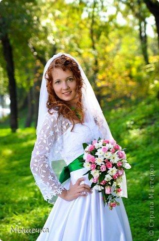 """Ну вот! Наконец-то добрались мои руки выложить фото-репортаж с моей Клеверной свадьбы. Давно я хотела это сделать, но вот как-то так.... В общем """"Я ВЫШЛА ЗАМУЖ!"""" Предупреждаю сразу очень много фотографий.  С моим будущим мужем мы жили некоторое время до свадьбы вместе. И когда решился вопрос со свадьбой, мы подумали и решили что не будем обрамлять кошельки родителей и будем гулять за собственные деньги. А у меня студентки на дневном и любимого-заочника денег много не появится - решили экономить и делать все своими руками.   фото 6"""