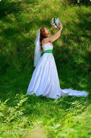 """Ну вот! Наконец-то добрались мои руки выложить фото-репортаж с моей Клеверной свадьбы. Давно я хотела это сделать, но вот как-то так.... В общем """"Я ВЫШЛА ЗАМУЖ!"""" Предупреждаю сразу очень много фотографий.  С моим будущим мужем мы жили некоторое время до свадьбы вместе. И когда решился вопрос со свадьбой, мы подумали и решили что не будем обрамлять кошельки родителей и будем гулять за собственные деньги. А у меня студентки на дневном и любимого-заочника денег много не появится - решили экономить и делать все своими руками.   фото 8"""