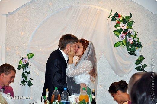 """Ну вот! Наконец-то добрались мои руки выложить фото-репортаж с моей Клеверной свадьбы. Давно я хотела это сделать, но вот как-то так.... В общем """"Я ВЫШЛА ЗАМУЖ!"""" Предупреждаю сразу очень много фотографий.  С моим будущим мужем мы жили некоторое время до свадьбы вместе. И когда решился вопрос со свадьбой, мы подумали и решили что не будем обрамлять кошельки родителей и будем гулять за собственные деньги. А у меня студентки на дневном и любимого-заочника денег много не появится - решили экономить и делать все своими руками.   фото 29"""