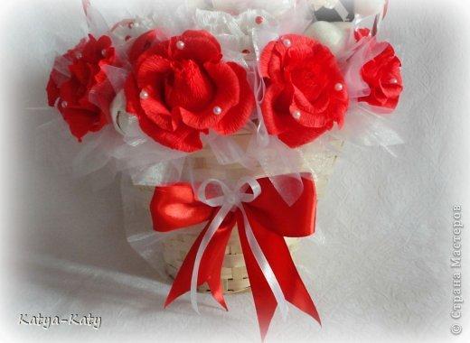 Корзина,подарок на свадьбу, жених с невестой были в восторге!!! Мне было очень приятно что им понравился подарочек. фото 6