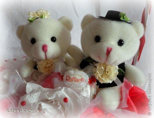 Корзина,подарок на свадьбу, жених с невестой были в восторге!!! Мне было очень приятно что им понравился подарочек. фото 5