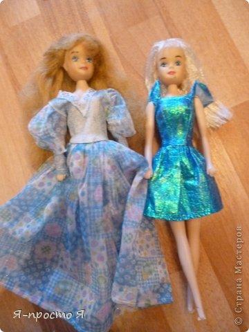 Итак начнём... Было у меня 2 куклы близняшки - Наташа и Ира. Вот таких ↓.  фото 12