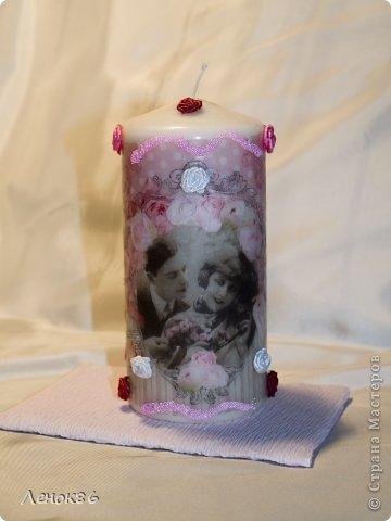 Девочки, здравствуйте. Хочу показать Вам некоторые свои работы по декорированию свечей. К сожалению нет общей фотографии, поэтому загрузила много. Наборчики свечей. Украшены ароматным саше. фото 5