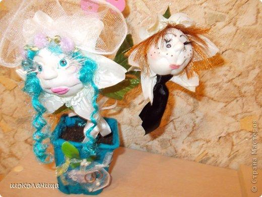 Вот такой  цветочек был сделан на свадьбу!Девочка-невеста,мальчик-жених  и бутон с пустышкой -подразумевая ребенка! фото 2