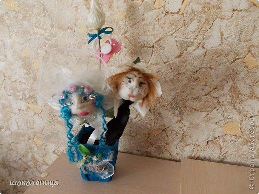 Вот такой  цветочек был сделан на свадьбу!Девочка-невеста,мальчик-жених  и бутон с пустышкой -подразумевая ребенка! фото 1