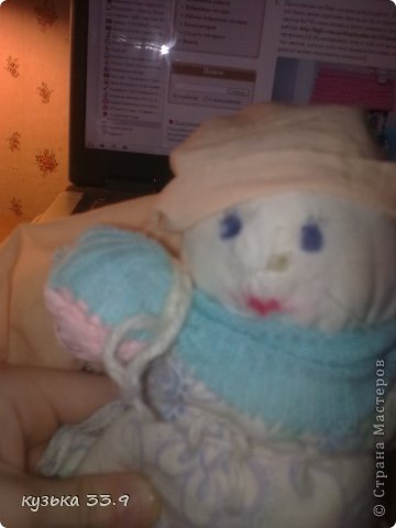 я сделала куклу из колготок.её зовут аля. фото 4