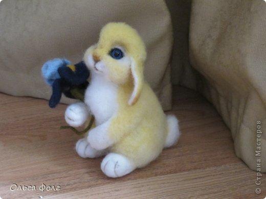 Урррра!  У  меня  теперь тоже  есть  желтенький  заяц! фото 2