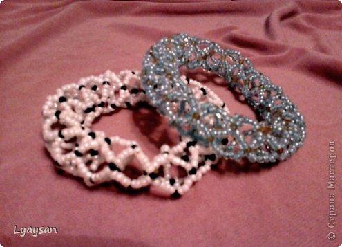 Браслеты, ожерелья и брелки из бисера фото 4