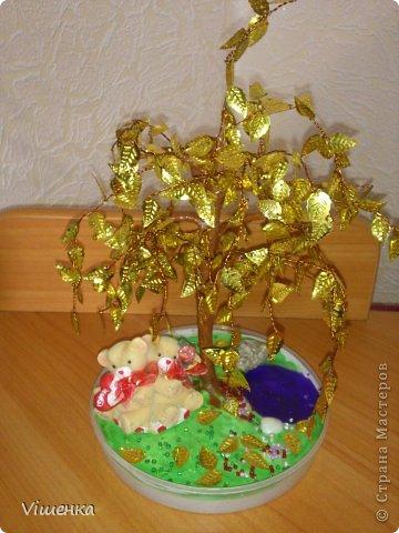 1 деревце фото 1