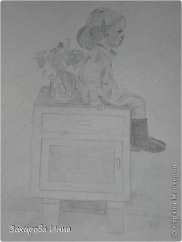 """девочку срисовывала из журнала про интерьер """"Мой любимый дом"""". А получилась добрая сутеевская девчушка. фото 1"""