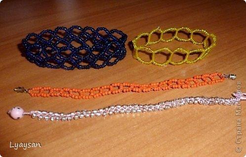 Браслеты, ожерелья и брелки из бисера фото 14
