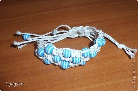 Браслеты, ожерелья и брелки из бисера фото 16