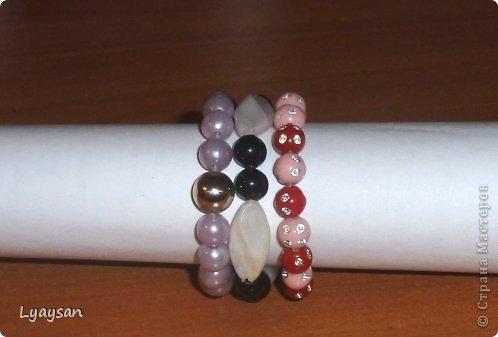 Браслеты, ожерелья и брелки из бисера фото 19