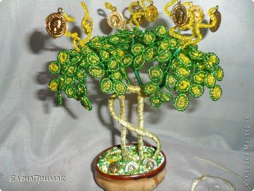 Давно хотела попробовать сделать деревья из бисера. В создании этого дерева очень помог МК замечательной мастерицы mari-m26 (https://stranamasterov.ru/node/276301?c=favorite). Спасибо за подробный МК. фото 1