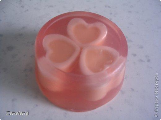 """Вот мои новые творения: Мыло """"Розовые мечты"""" . Для роллов использовала обрезки мыла из предыдущего моего поста с мылом """"Конфетти"""" - поэтому мечты получились с цветными вкраплениями. фото 5"""