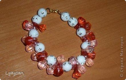 Браслеты, ожерелья и брелки из бисера фото 20