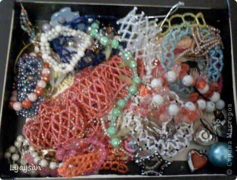 Браслеты, ожерелья и брелки из бисера фото 26