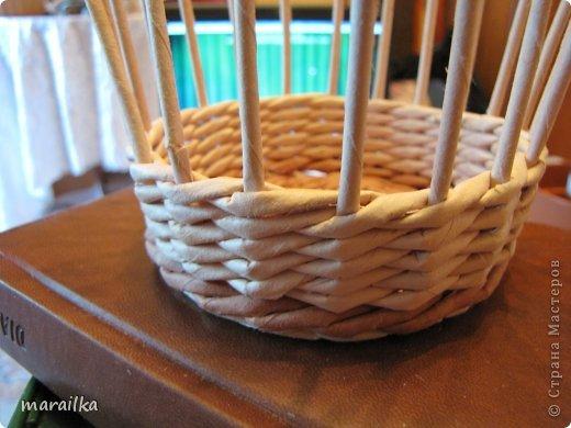 Мастер-класс Поделка изделие Квиллинг Плетение Прячем хвосты МК для начинающих Бумага газетная Трубочки бумажные фото 18
