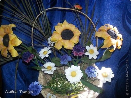 """Вот я и собрала свои первые цветочки в одну композицию... """"Лето в шляпе"""" фото 1"""
