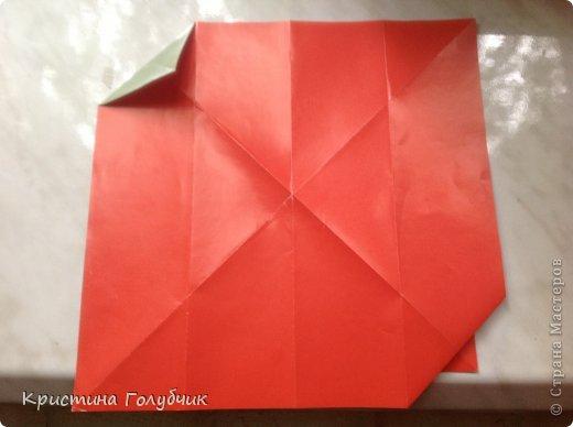 Привет! Хотите сделать такое легкое украшение? Тогда вы по адресу! Источник: http://planetaorigami.ru/2011/09/simvol-in-yan-iz-bumagi-po-sxeme-sy-chen/ фото 7
