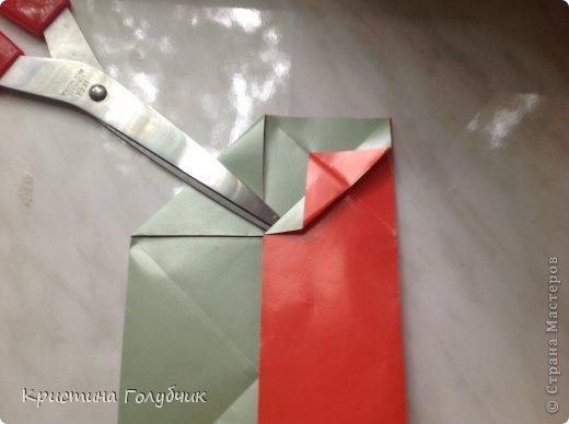 Привет! Хотите сделать такое легкое украшение? Тогда вы по адресу! Источник: http://planetaorigami.ru/2011/09/simvol-in-yan-iz-bumagi-po-sxeme-sy-chen/ фото 12