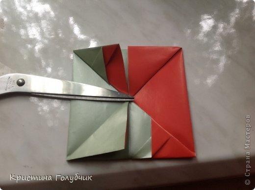 Привет! Хотите сделать такое легкое украшение? Тогда вы по адресу! Источник: http://planetaorigami.ru/2011/09/simvol-in-yan-iz-bumagi-po-sxeme-sy-chen/ фото 14