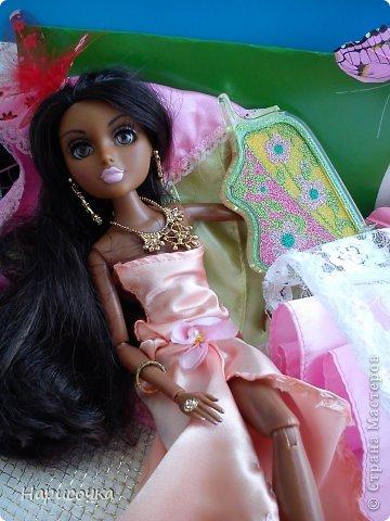 Привет Страна Мастеров! Недавно я сделала для своей куколки Найт лёгкое красивое платье. фото 26