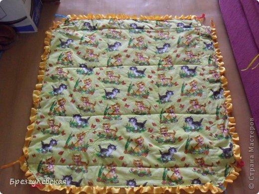 Этот коврик я сшила для своей младшей дочки. Подробный МК можно посмотреть здесь: http://www.happy-giraffe.ru/community/25/forum/post/60050/  на этом фото коврик уже готов к эксплуатации. фото 4
