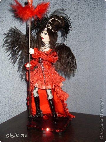 Куклка выполнена из самозатвердевающей глины на проволочном каркасе. фото 1