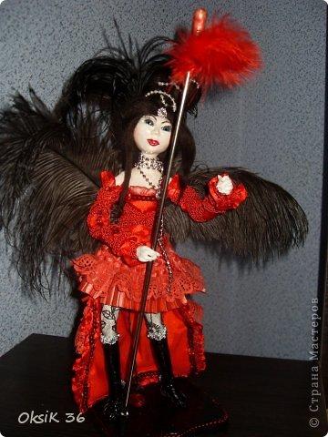 Куклка выполнена из самозатвердевающей глины на проволочном каркасе. фото 4