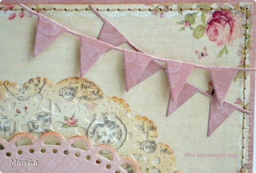 """Открытка для моей сестрички. Бумага от Pion Design, вырубки листочки от  Marianne Design, цветочек вязаный покупной, штампы бабочки, надпись от Марины Абрамовой. Ну и любимый """"укроп"""" от Memory Box. Получилась очень нежная открытка.  фото 4"""