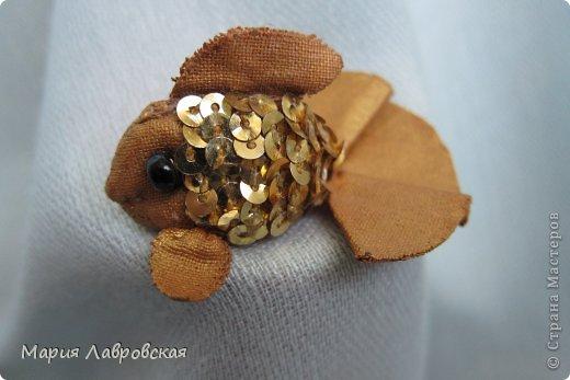 Пусть эта Золотая Рыбка, не смотря на то, что она очень маленькая, исполнит все Ваши желания!!!!!!!!!!!!!!!!!!!!!!!!!!!!!!!!   фото 2
