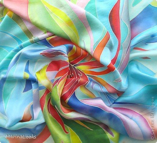Еще один радостный платочек в технике батик поднимает настроение и исполняет мечты... фото 3