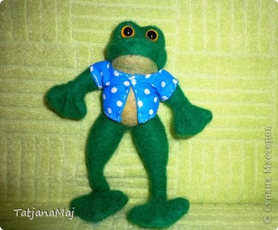 Ква-кая погода , такие и игрушки ! Всем здравствуйте ! знакомьтесь - лягушонок Квалентин ! Ему такая погода как у нас этим  летом очеень нравится ! фото 1