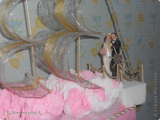 Этот корабль меня попросила сделать подруга для ее сестры. Он был сделан за два дня до свадьбы, хотя заказ получила за месяц. Очень туго у нас в поселке с материалами для рукоделия. фото 3