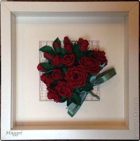 Вот такой букетик родился. Розы делала по МК Астории http://astoriaflowers.blogspot.ru/ Очень увлекательное занятие. фото 1