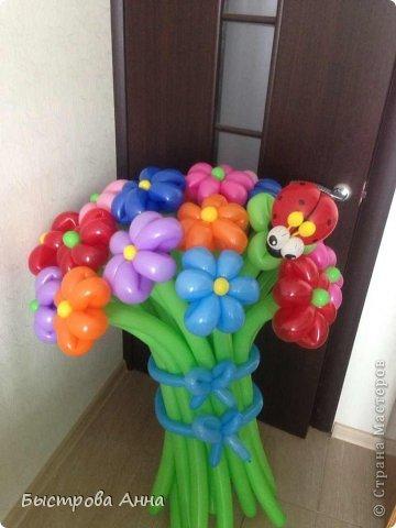 Букетики из шаров фото 4
