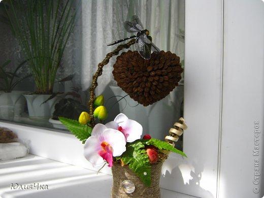 Немного перемудрила.С орхидеями трудно совмещать листочки и другие цветы. фото 1