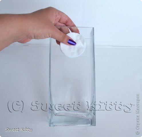 """Всем доброго утра! Предлагаю вместе со мной попробовать задекорировать обычную, ничем не примечательную стеклянную вазу из ИКЕА рисовой бумагой, создать объемный меандр и придать нашему изделию греческий шик. Но сначала немного о том, что такое меандр и с чем его едят. МЕА́НДР (греч. maiandros, лат. meander; meatus — """"движение, течение, круговорот"""") — в античном искусстве — мотив орнамента геометрического стиля, образуемый ломаной под прямым углом линией либо спиральными завитками. По одной из версий, элемент этого орнамента происходит от изображения капкана, охотничьей ловушки для зверя. На этом основании меандр считают разновидностью лабиринта. И я предлагаю побродить со мной в этом лабиринте греческого искусства, где сочетаются простейшие геометрические формы и изысканные и сложнейшие в исполнении статуи богов, с анатомической точностью передающие каждую деталь, каждый изгиб тела. фото 4"""